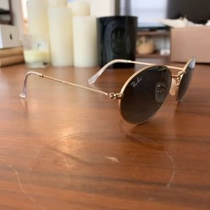 AUTHENTIC Oval Ray Bans